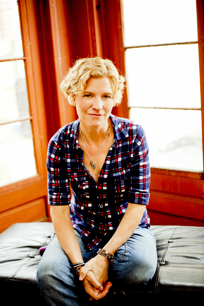 Catie Curtis Bio While We039re Here CD